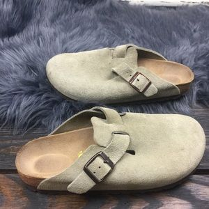 Birkenstock Shoes - BIRKENSTOCKS CLASSIC CLOG TAUPE SUEDE SIZE w8